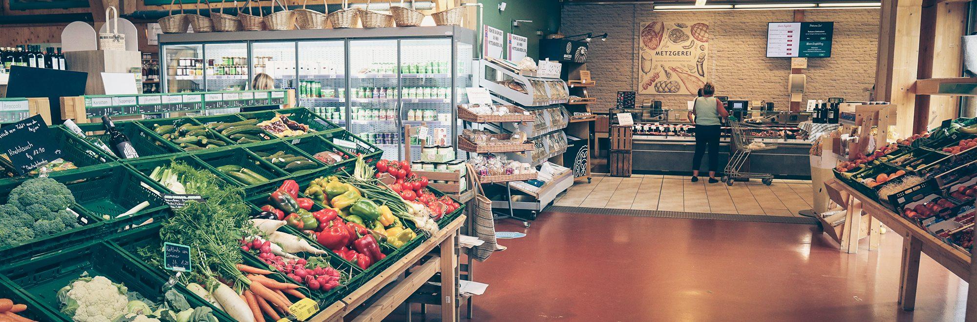 Bauernmarkt-Dasing Eingang Handel